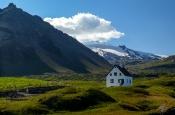 Vulkan- und gletschergeformte Landschaft